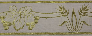 Wheat and Grapes Gold Trim 10cm (not currently available) +£39.60