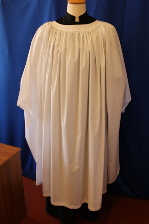 Old English Surplice Medium Gathered